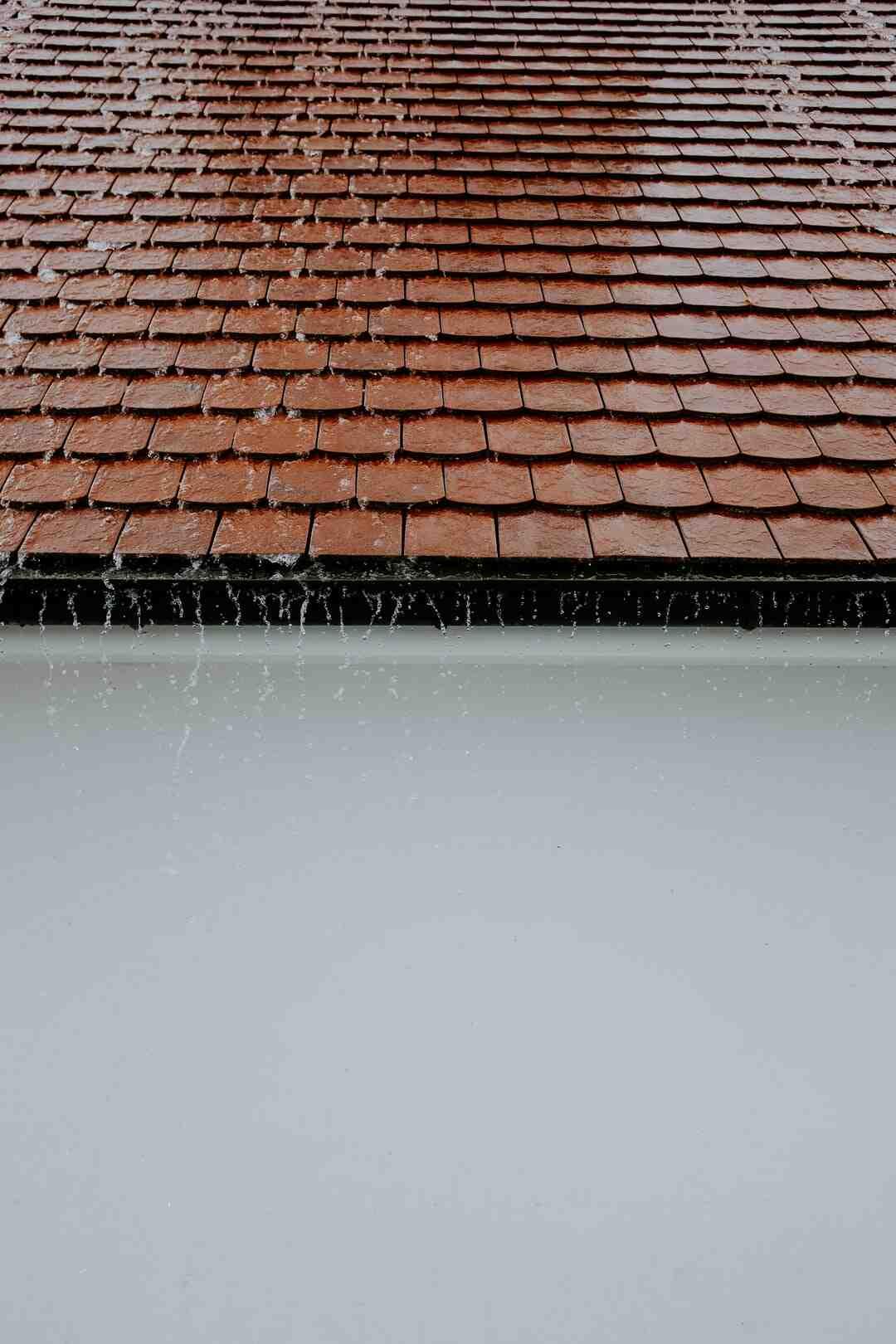 Comment faire le toit d'un abri de jardin ?