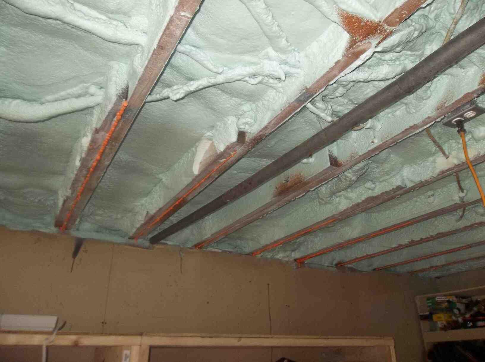 Quel isolant pour un plafond de garage ?